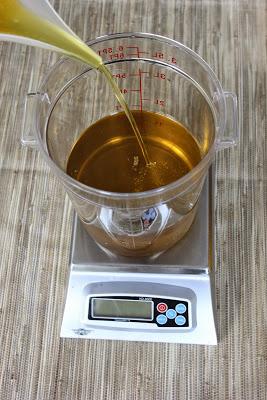 Fabrication de savon en 6 étapes huiles liquides