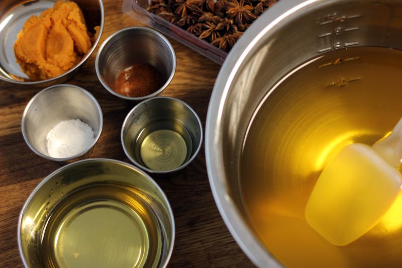 Ingrédients pour le savon Tarte à la citrouille